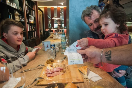 This Italian Restaurant Is Giving Discounts to Families with Well Behaved Kids
